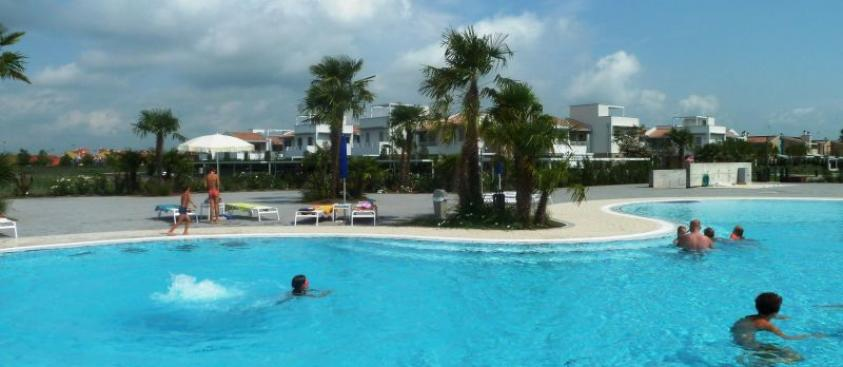 Apartments facing the sea for rent in Caorle